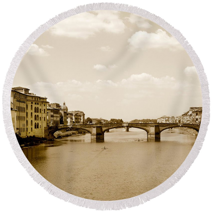 Italy Round Beach Towel featuring the photograph Arno River Florence by Marilyn Hunt