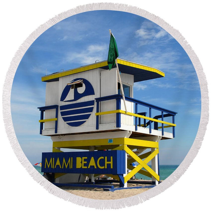 Miami Beach Round Beach Towel featuring the photograph Art Deco Lifeguard Stand by David Lee Thompson