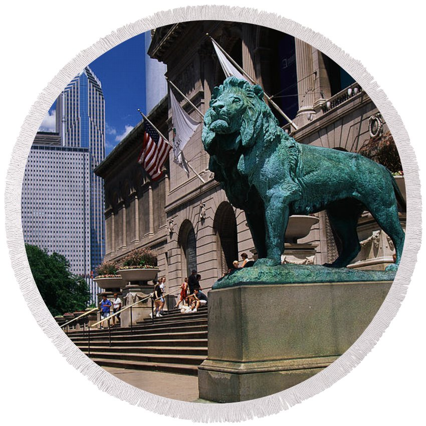 Photography Round Beach Towel featuring the photograph Art Institute Of Chicago Chicago Il Usa by Panoramic Images