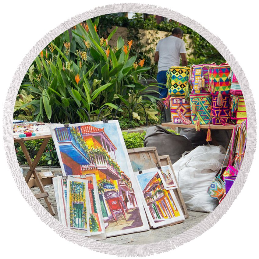 Cartagena Round Beach Towel featuring the photograph Artists Corner by Bob Hislop
