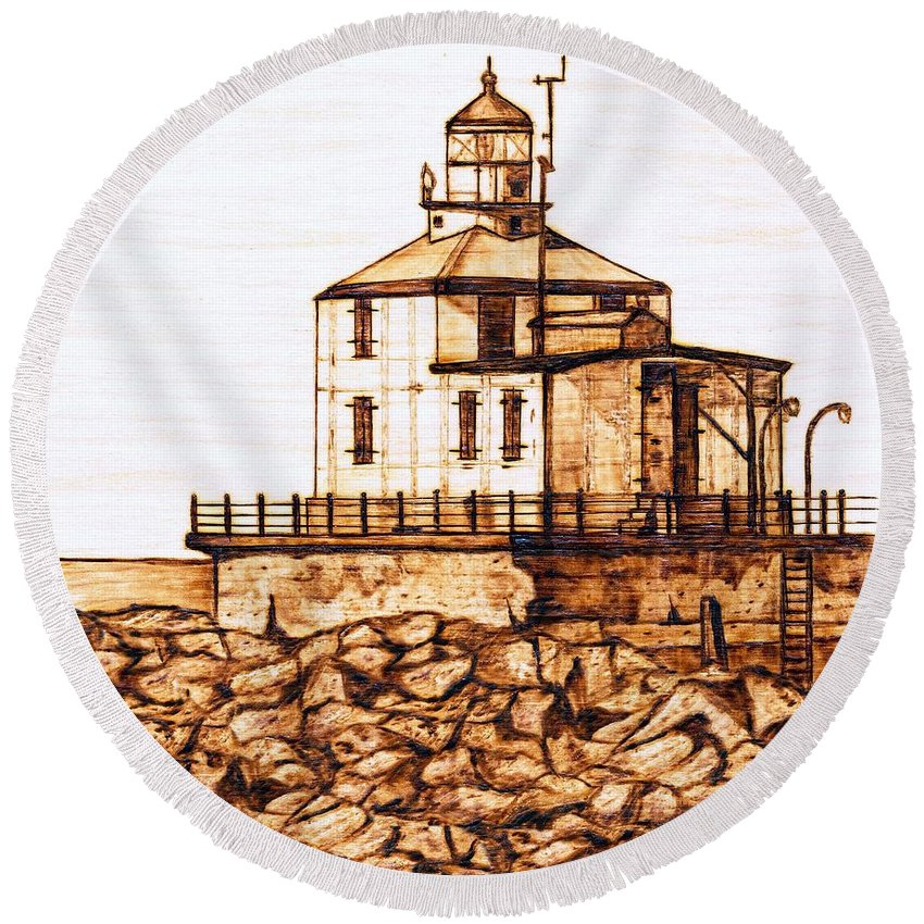 Lighthouse Round Beach Towel featuring the pyrography Ashtabula Harbor by Danette Smith