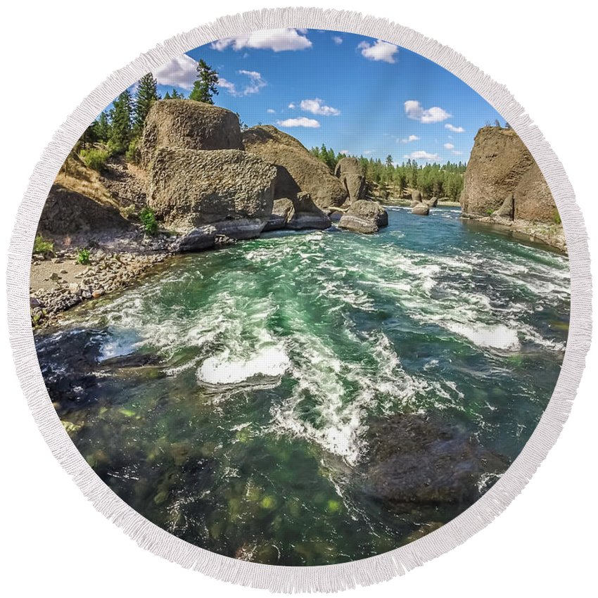 Washington Round Beach Towel featuring the photograph At Riverside Bowl And Pitcher State Park In Spokane Washington by Alex Grichenko