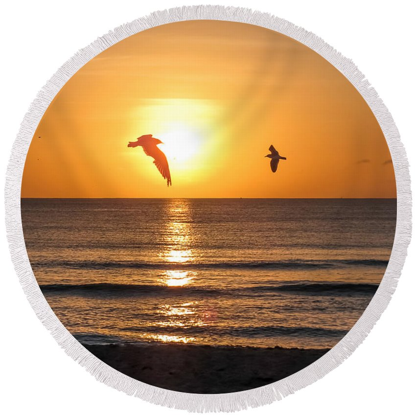 Sunrise Round Beach Towel featuring the photograph At Sunrise by Zina Stromberg