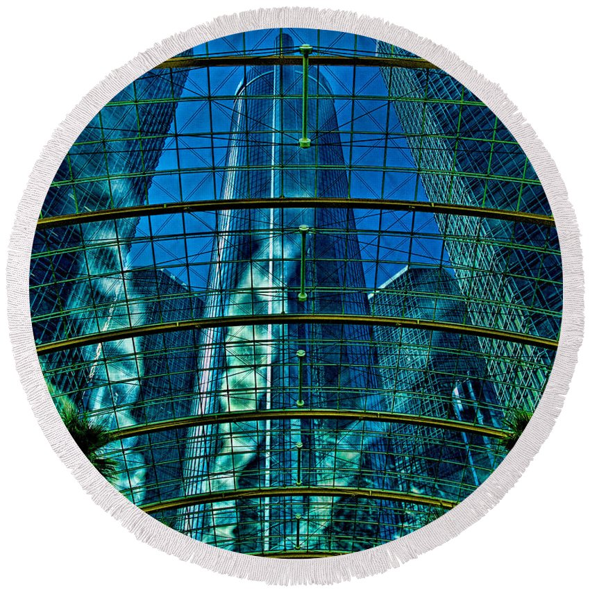 Hdr Round Beach Towel featuring the photograph Atrium Gm Building Detroit by Chris Lord