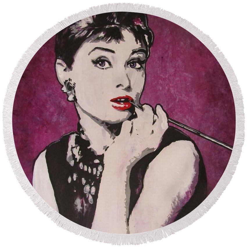 Audrey Hepburn May 4 1929 - Jan 20 1993 . Moon River. Breakfast At Tiffany's. Round Beach Towel featuring the painting Audrey Hepburn - Breakfast by Eric Dee