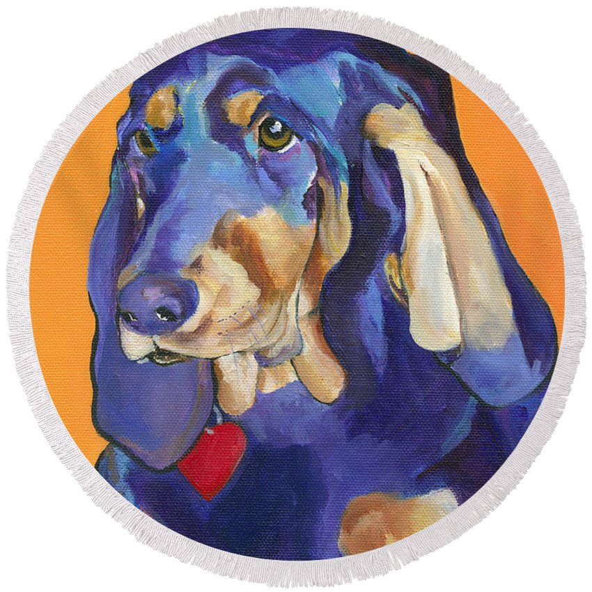 Bloodhound Round Beach Towel featuring the painting Augie by Pat Saunders-White