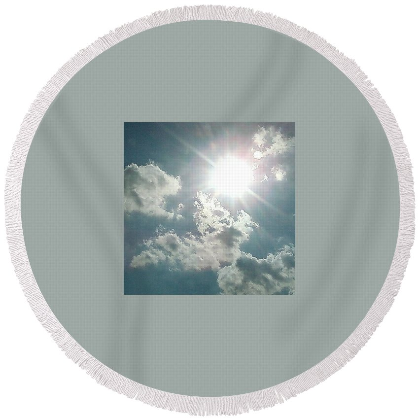 Sun Clouds August Sunshine Round Beach Towel featuring the photograph August Sun by Cindy New
