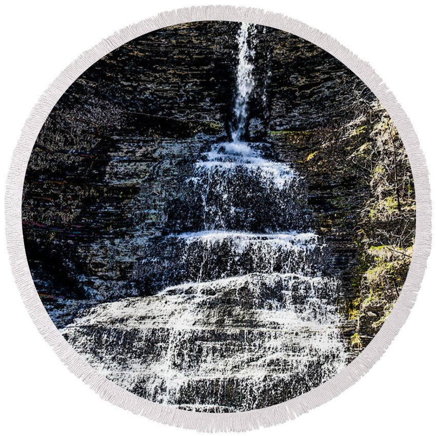 Waterfall Round Beach Towel featuring the photograph Aunt Sarah Waterfall by William Norton