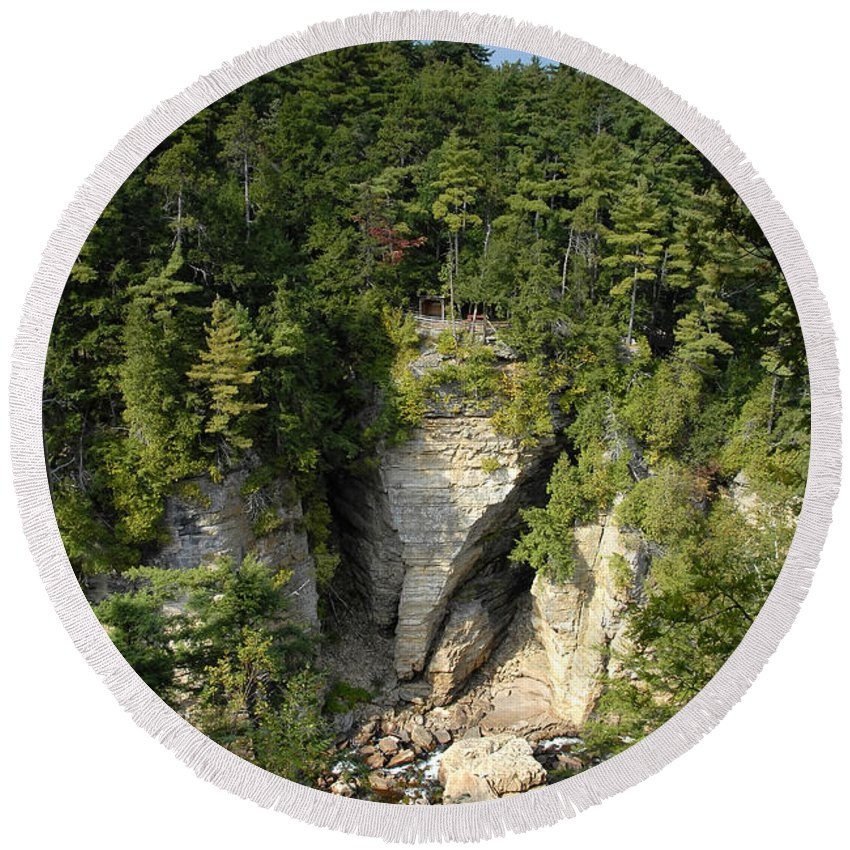 Ausable Chasm Round Beach Towel featuring the photograph Ausable Chasm by David Lee Thompson