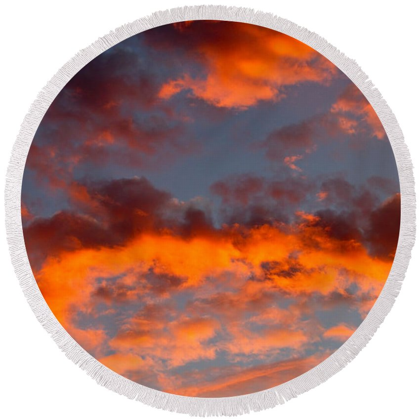 Sunset Round Beach Towel featuring the photograph Australian Sunset by Louise Heusinkveld