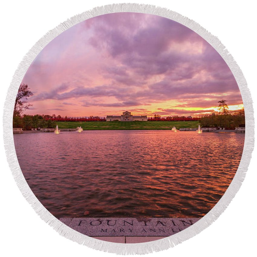 St Louis Forest Park Round Beach Towel featuring the photograph Autumn Evening At Forest Parks Grand Basin by Art of Frozen Time