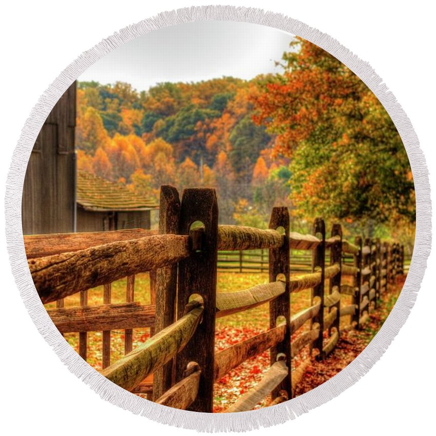 Recent Round Beach Towel featuring the photograph Autumn Fence Posts Scenic by Geraldine Scull
