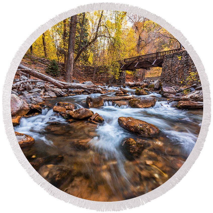 River Round Beach Towel featuring the photograph Autumn In American Fork Canyon by Scott Law