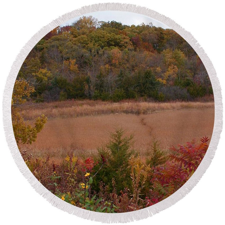Missouri Autumn Round Beach Towel featuring the photograph Autumn In Missouri by Joanne Smoley