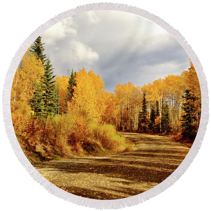 Round Beach Towel featuring the digital art Autumn In The North by Mark Duffy