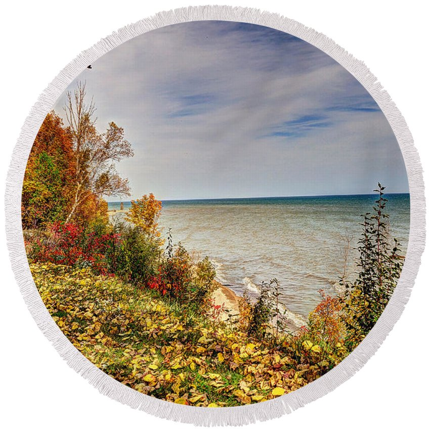 Autumn Round Beach Towel featuring the photograph Autumn Magic by Rodney Campbell