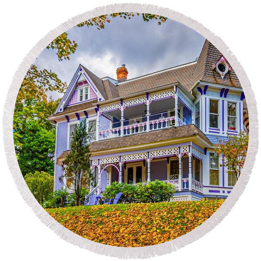 Pennsylvania Round Beach Towel featuring the photograph Autumn Mansion by Steve Harrington