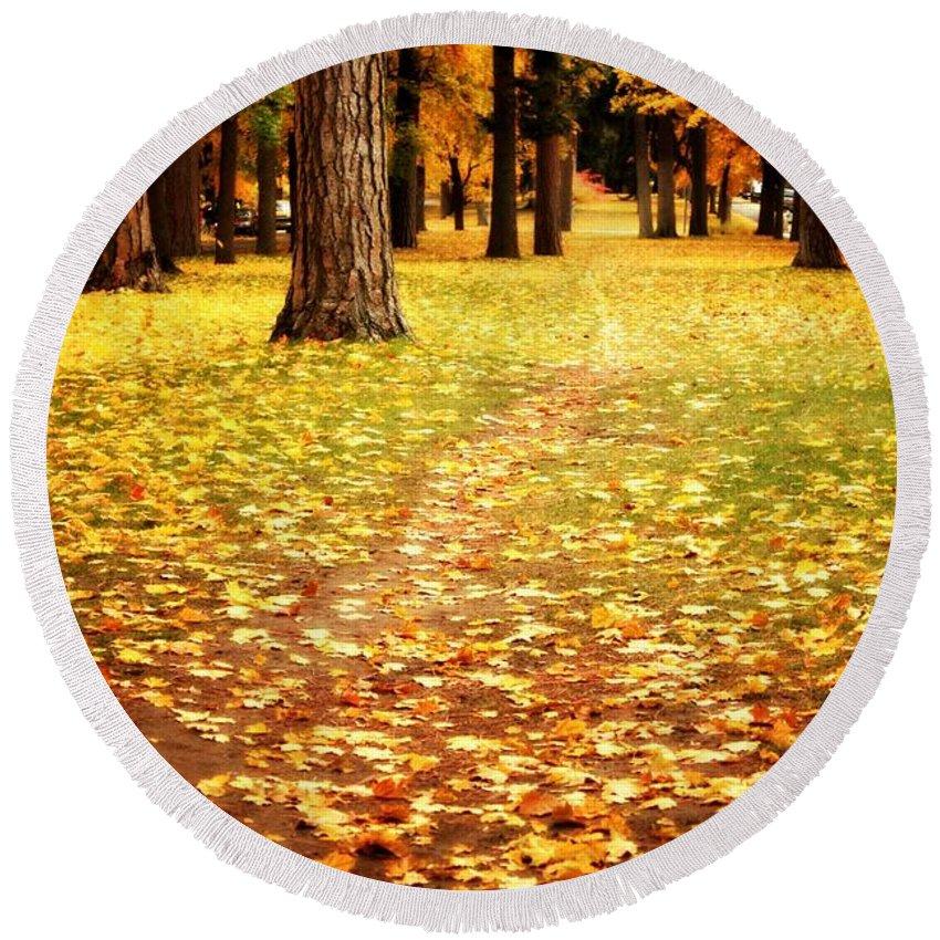 Autumn Round Beach Towel featuring the photograph Autumn Walk In Spokane by Carol Groenen