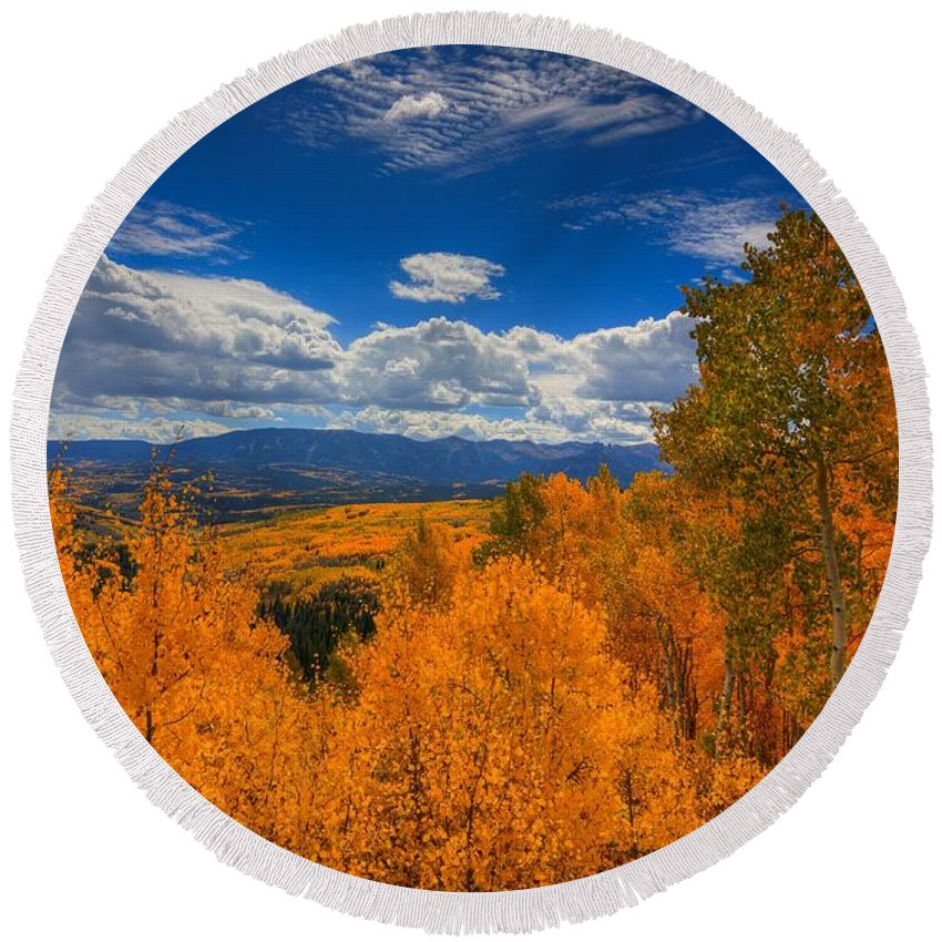 Autumn Round Beach Towel featuring the photograph Autumn Wildfire At Ohio Pass by Bill Sherrell