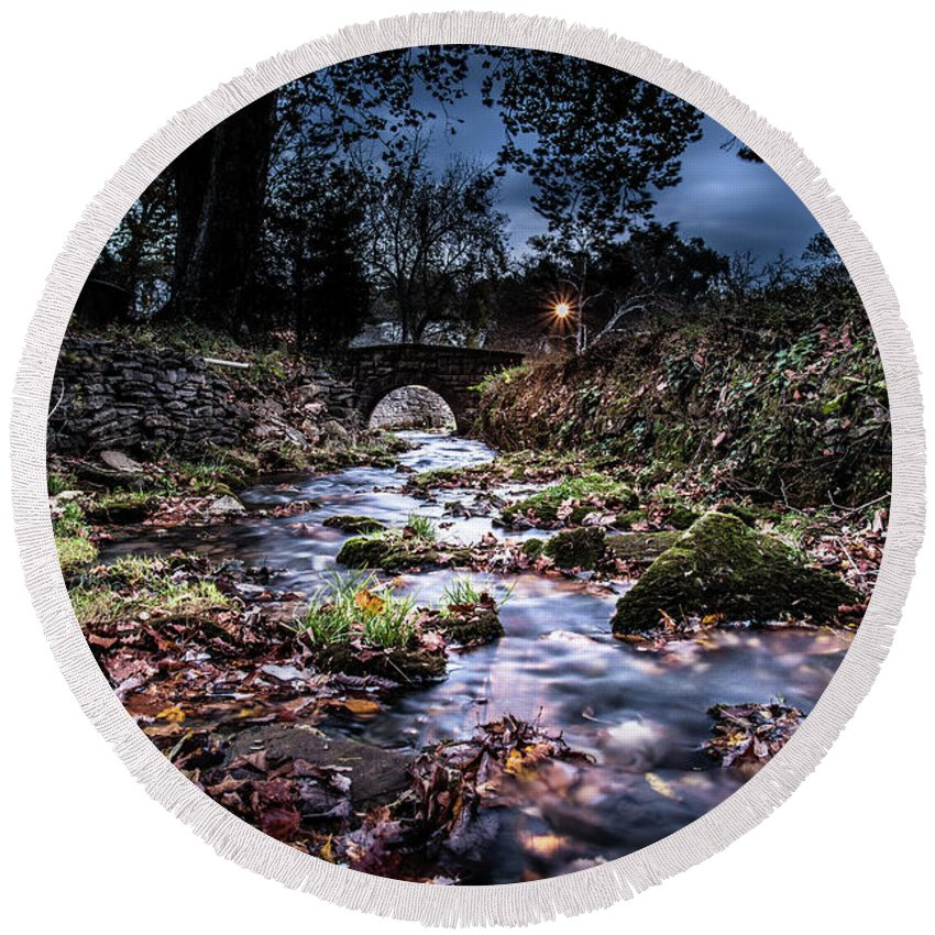 Creek Round Beach Towel featuring the photograph Avoca Fish Hatchery by Jeremy Fulk