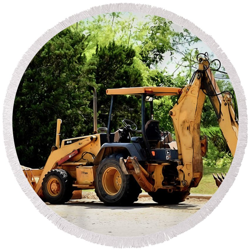 Backhoe And Loader 12118 Round Beach Towel featuring the photograph Backhoe And Loader 12118 by Ray Shrewsberry