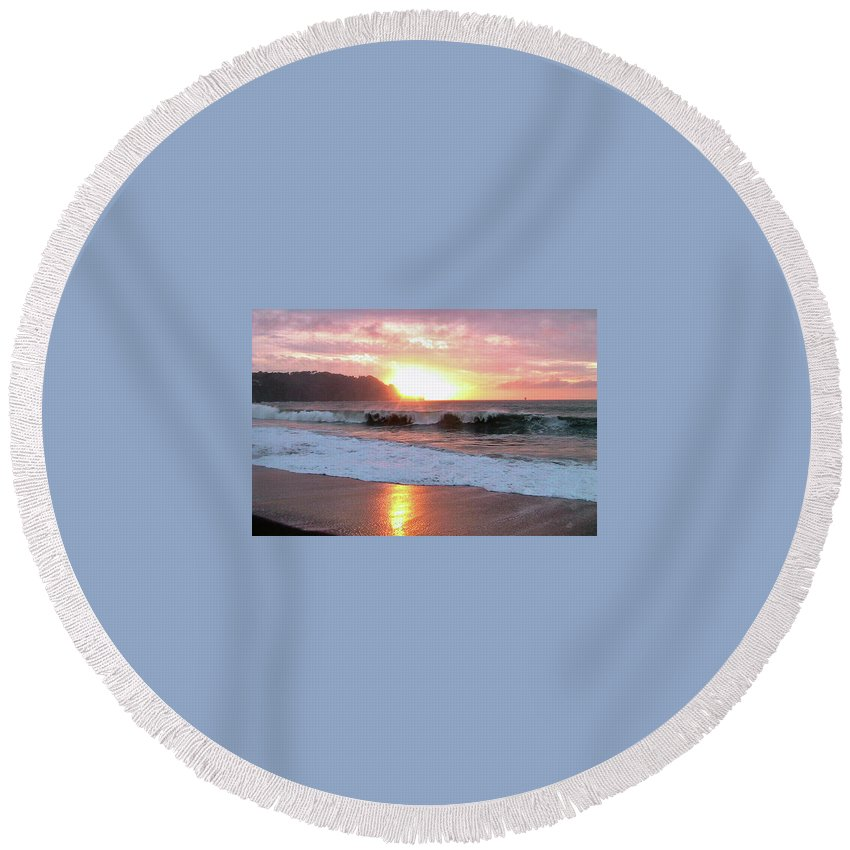 Rose And Peach Sky With Clouds Round Beach Towel featuring the photograph Baker Beach IIi by Dottie Kinn