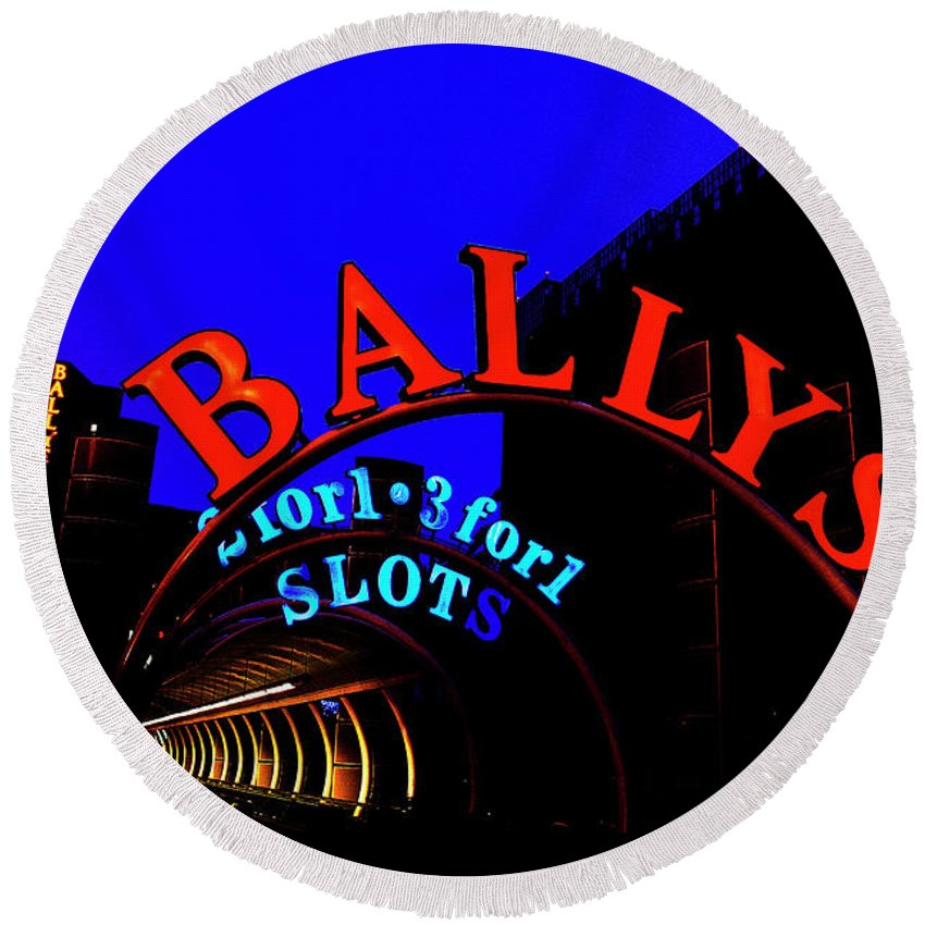 Ballys Round Beach Towel featuring the photograph Ballys Early Morning by Artie Rawls