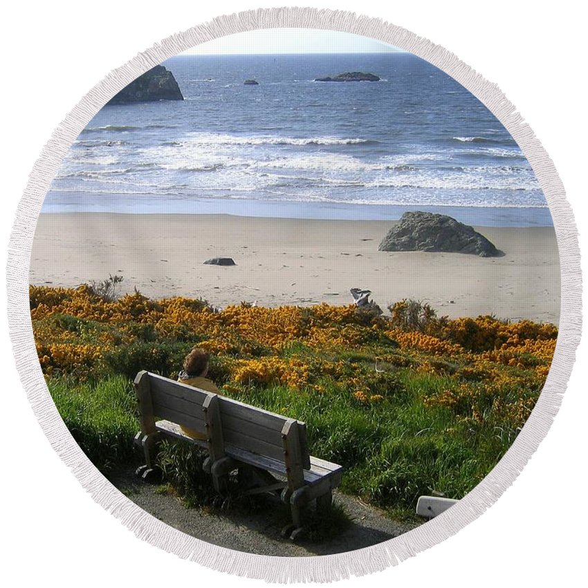 Bandon Round Beach Towel featuring the photograph Bandon 6 by Will Borden