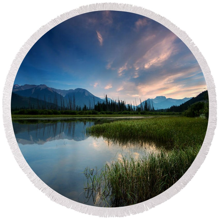 Banff Round Beach Towel featuring the photograph Banff Sunset by Cale Best