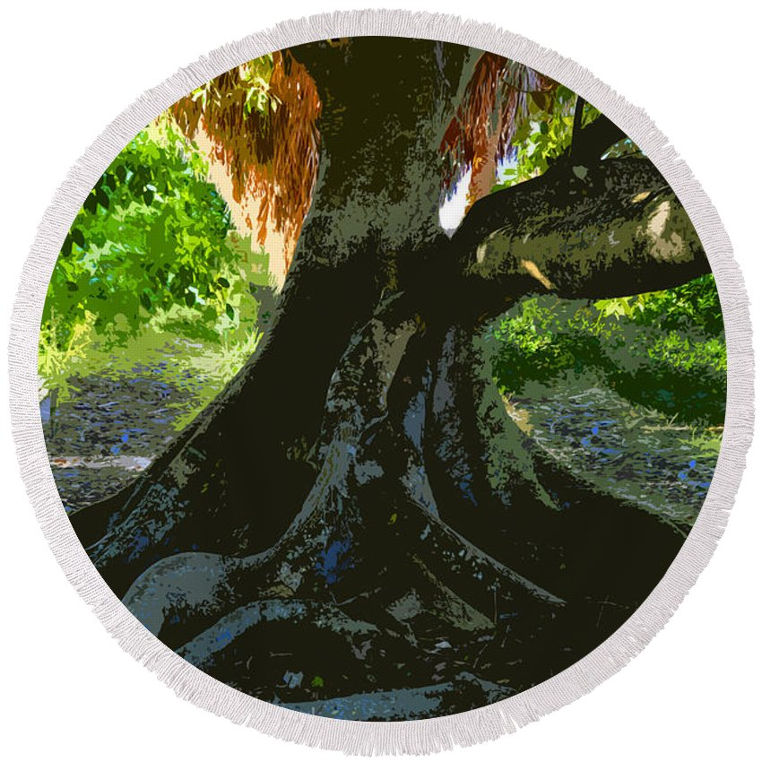 Banyan Tree Round Beach Towel featuring the painting Banyan by David Lee Thompson