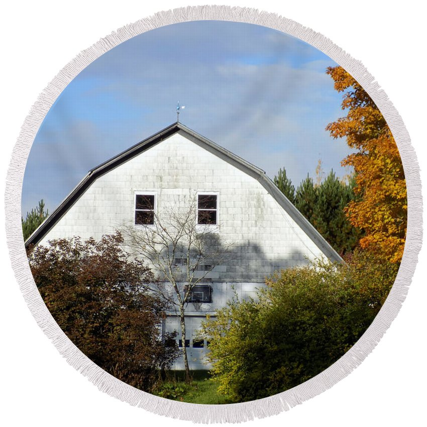Barn Round Beach Towel featuring the photograph Barn And Basketball Court by William Tasker