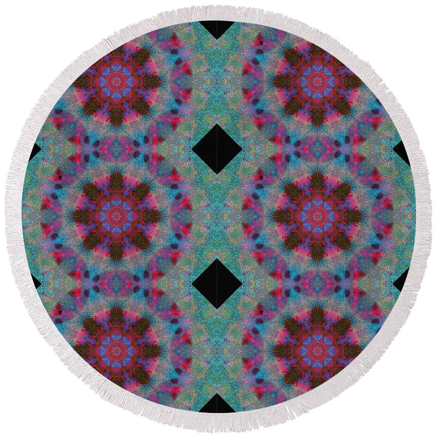 Barnie Paw Print Designs Round Beach Towel featuring the photograph Barnie Paw Print Kaleidescope 2 Pattern by Dorothy Berry-Lound