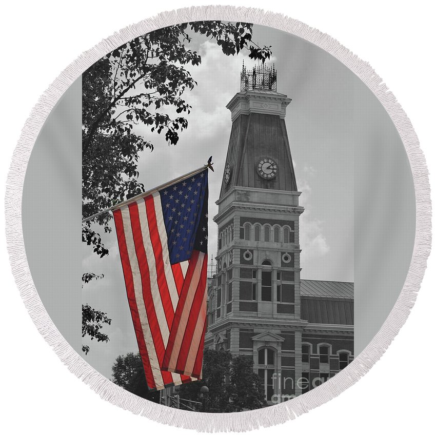 Bartholomew County Round Beach Towel featuring the photograph Bartholomew County Court House by Jost Houk
