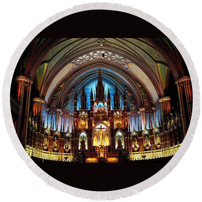 North America Round Beach Towel featuring the photograph Notre - Dame Basilica - Montreal by Juergen Weiss