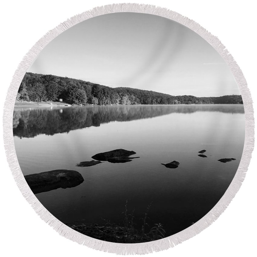 Landscape Round Beach Towel featuring the photograph Bathing Rocks by Don Pintavalle