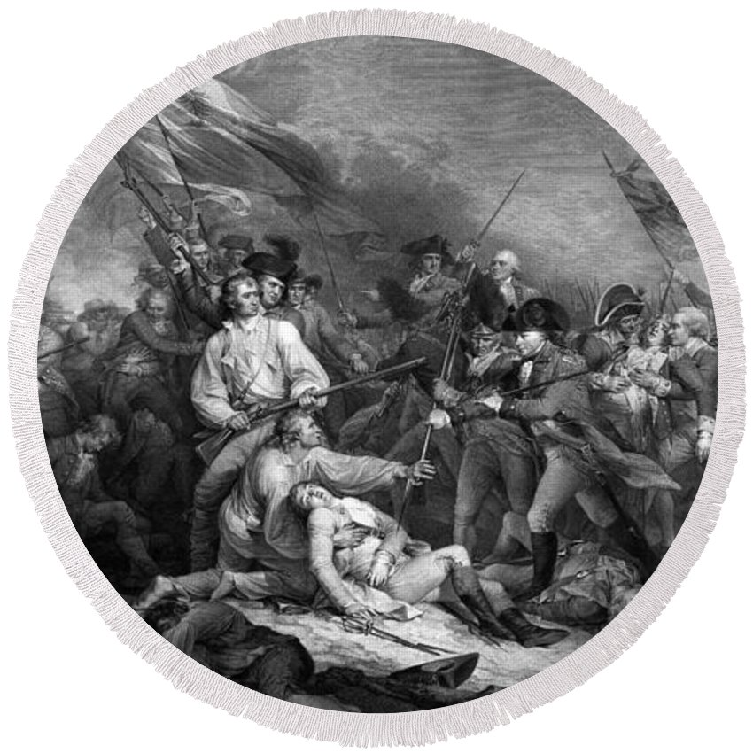 Revolutionary War Round Beach Towel featuring the mixed media Battle Of Bunker Hill by War Is Hell Store