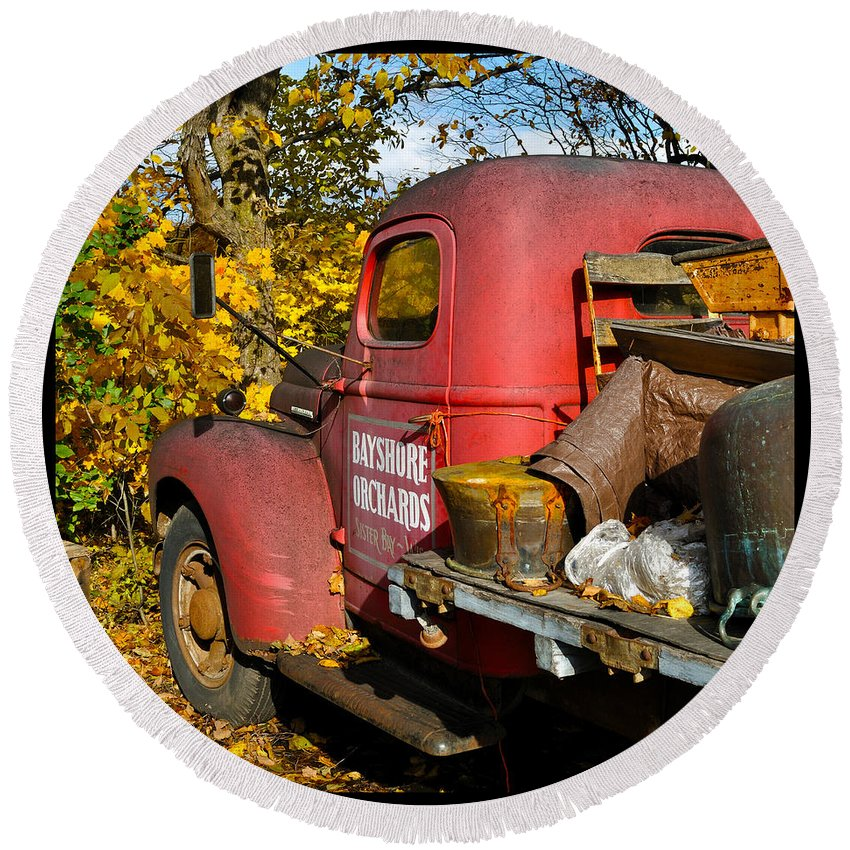 Truck Round Beach Towel featuring the photograph Bayshore Orchards by Tim Nyberg