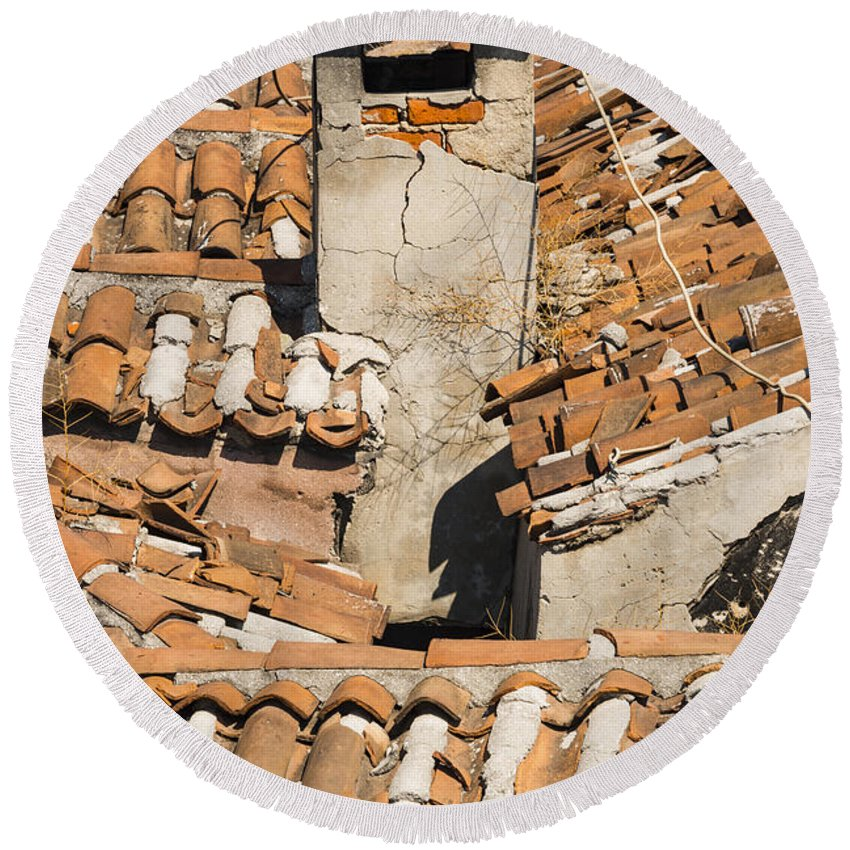 Istanbul Turkey Grand Bazaar Roof Tiles Red Tile Chimney Bazaars City Cities Chimneys Cityscape Cityscapes Landmark Landmarks Structure Structures Building Buildings Architecture Round Beach Towel featuring the photograph Bazaar View by Bob Phillips