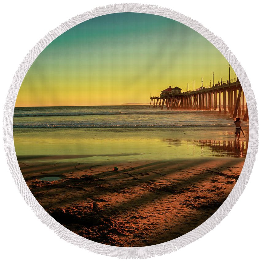 Round Beach Towel featuring the photograph Beach Dance by David Lund