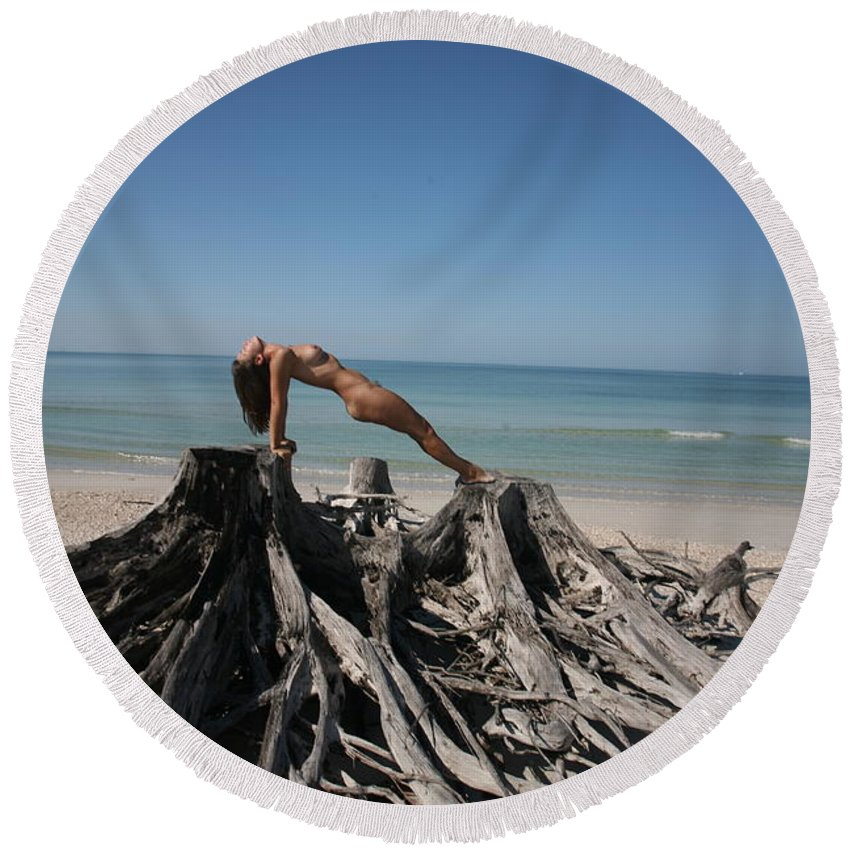 Www.naturesexoticbeauty.com Round Beach Towel featuring the photograph Beach Ngirl by Lucky Cole