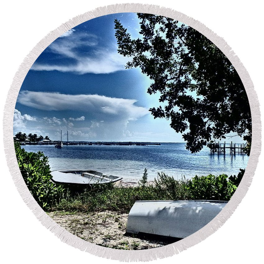 Abaco Bahamas Round Beach Towel featuring the photograph Beached by Cindy Ross
