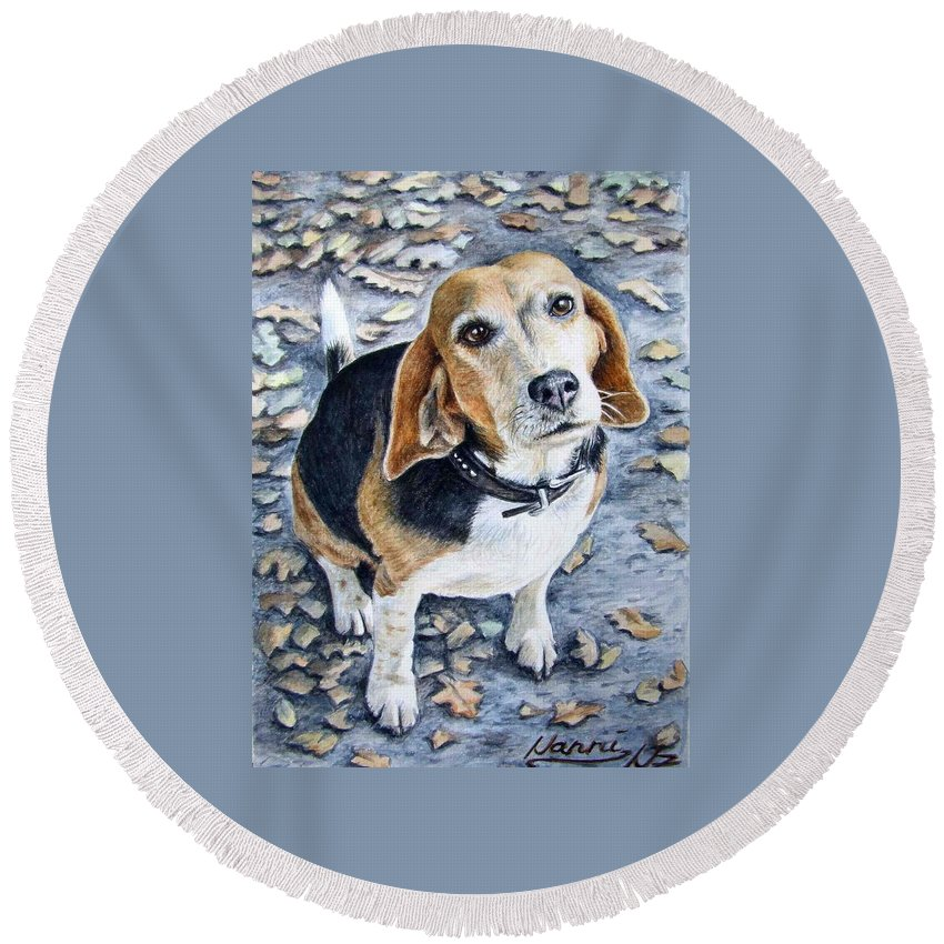 Dog Round Beach Towel featuring the painting Beagle Nanni by Nicole Zeug