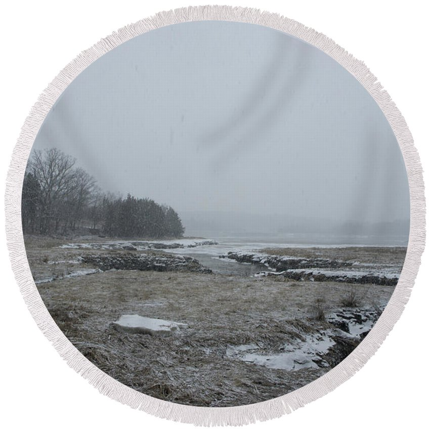 Beal's Round Beach Towel featuring the photograph Beals Cove During A Snow Storm by Adam Gladstone