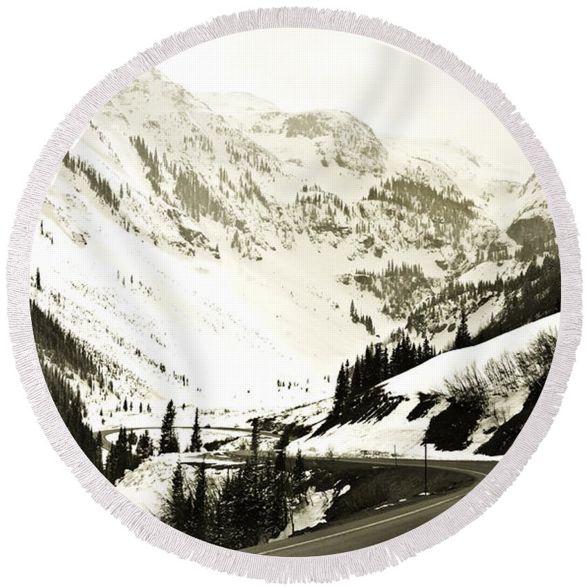 Mountains Round Beach Towel featuring the photograph Beautiful Curving Drive Through The Mountains by Marilyn Hunt