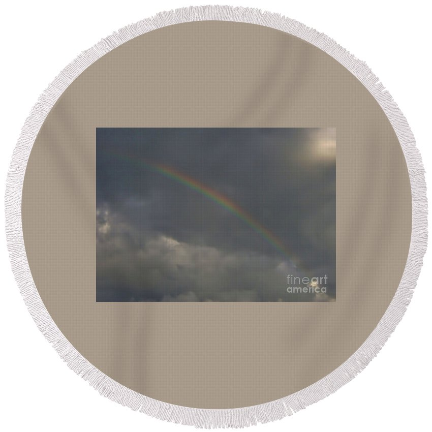 Rainbow Round Beach Towel featuring the photograph Beautiful - Florida - Rainbow by D Hackett