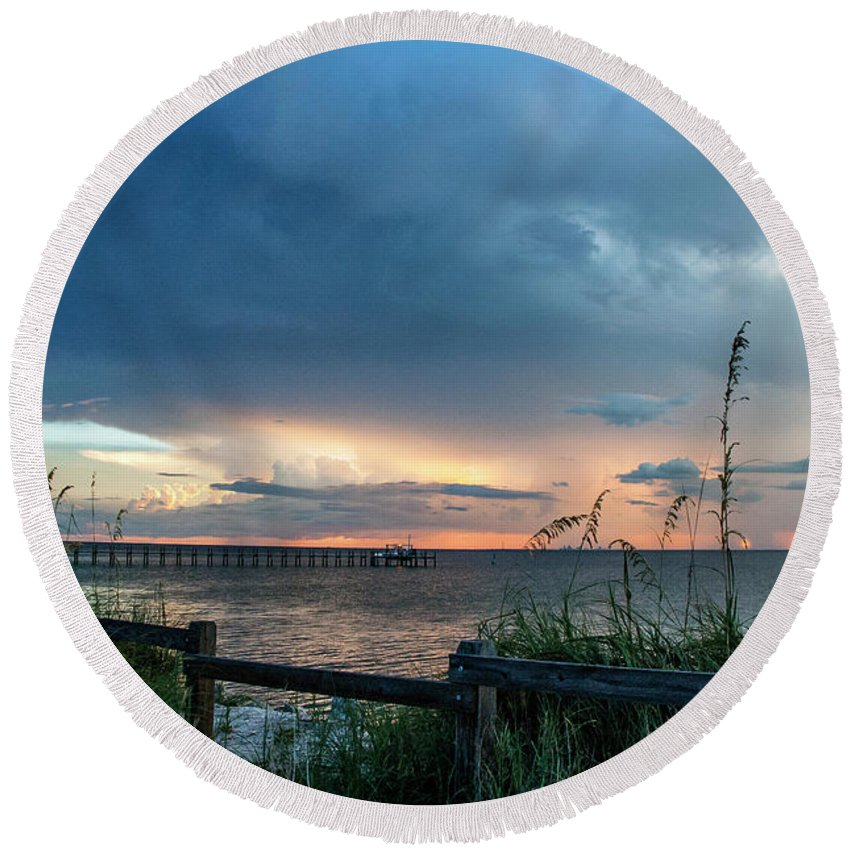 Seascape Round Beach Towel featuring the photograph Beautiful Vista by Norman Johnson