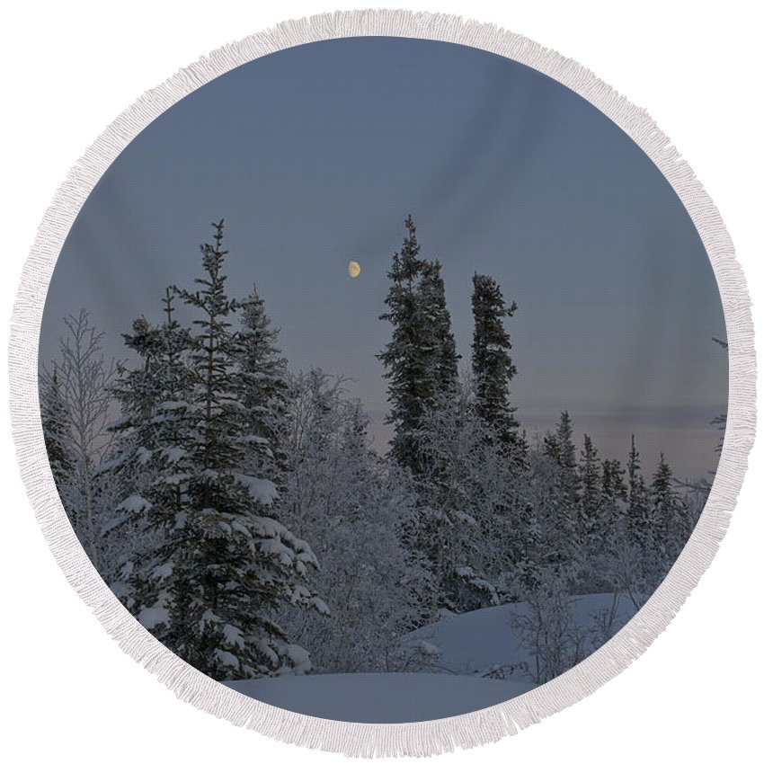 Snow Round Beach Towel featuring the photograph Beautiful Winter Evening by Brian Kamprath