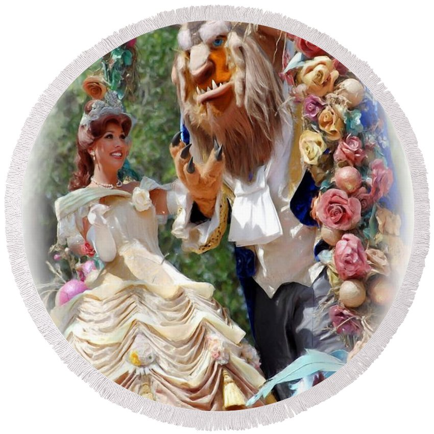 Beauty & The Beast Round Beach Towel featuring the photograph Beauty And The Beast II by Robert Meanor