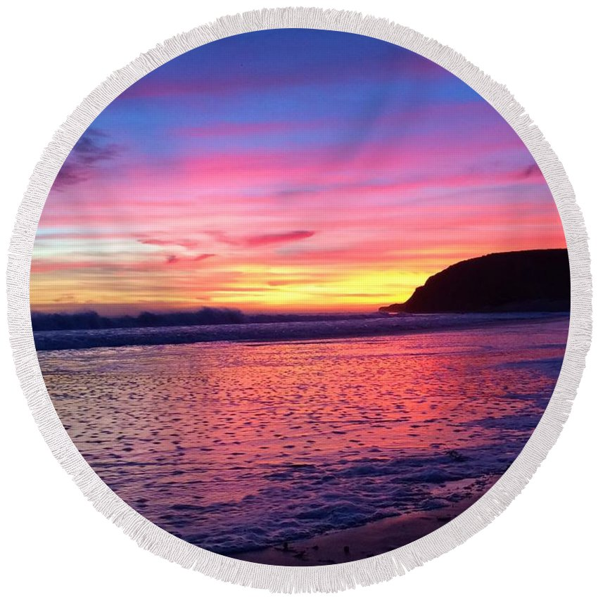 Landscape Round Beach Towel featuring the photograph Beauty Bubbles by JoJo Brown