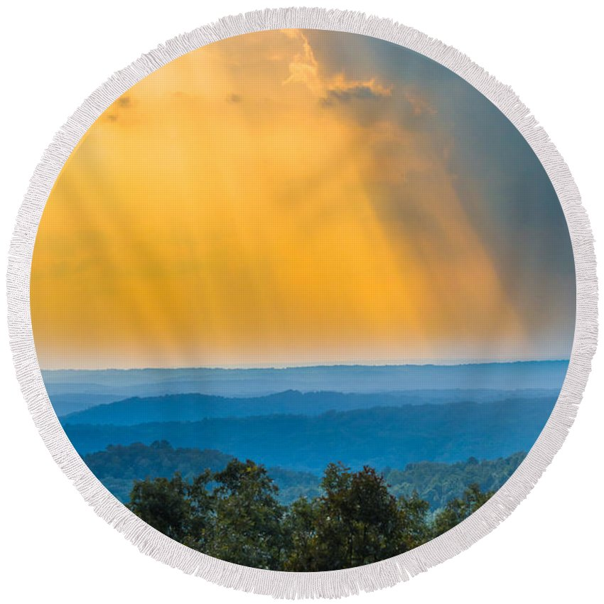 Sunlight Round Beach Towel featuring the photograph Beauty From The Heavens by Parker Cunningham
